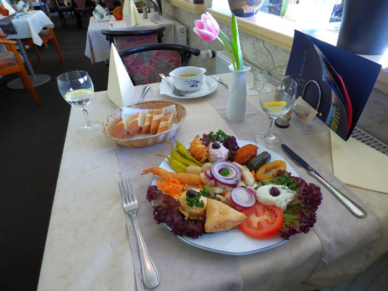 Griechisches restaurant greek food akropolis niendorf for Akropolis greek cuisine merrillville in